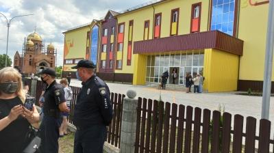 У селі на Буковині чекають на приїзд президента