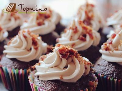 Тепер випікати і готувати десерти стало простіше: магазин «Тортіно» уже у місті Чернівці!*
