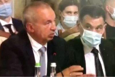 Бізнесмен з Чернівців запропонував Зеленському обкладати податком тих, хто їхатиме за кордон – відео