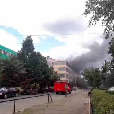 """У Чернівцях на території """"Розми"""" виникла пожежа"""