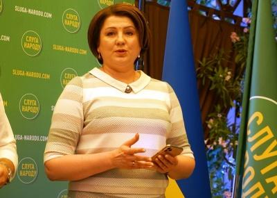 «Слуга народу» Лис з Чернівців заявила, що не буде підтримувати проект закону Бужанського