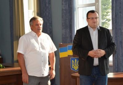 Каспрука і директора аеропорту «Чернівці» викликають для надання пояснень в НАЗК