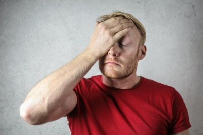 Дратівливість і депресія у чоловіків: чим загрожує дефіцит тестостерону
