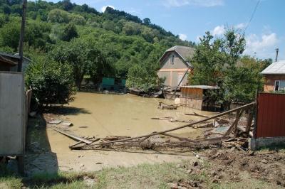 Підтоплених будівель після повені на Західній Україні не залишилося