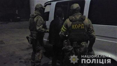 Поліція затримала чоловіка, який вчинив вбивство посеред вулиці у Чернівцях
