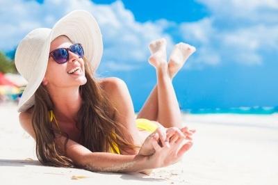 Небезпечне сонце: які хвороби може принести засмага та як вберегтись