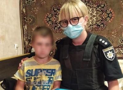Поїхав на велосипеді та не повернувся додому: на Буковині поліція розшукала 8-річного хлопця