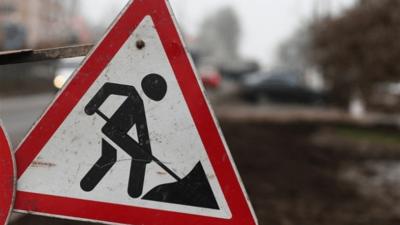 У Чернівцях попередили про перекриття руху через асфальтування дороги