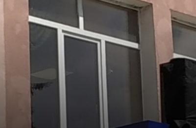 У Луцьку стріляли в офіс, в якому Аваков веде переговори з терористом