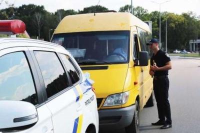 На Буковині виявлено 47 нелегальних перевізників