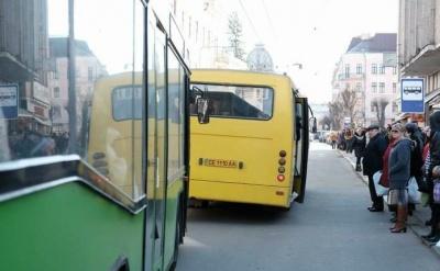 Продан повідомив, коли в Чернівцях відновлять рух усі маршрутки