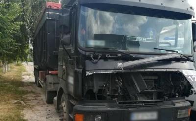 Смертельна ДТП: у Новодністровську вантажівка збила 34-річного чоловіка