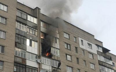 У Чернівцях через пожежу евакуювали 18 жителів багатоповерхівки