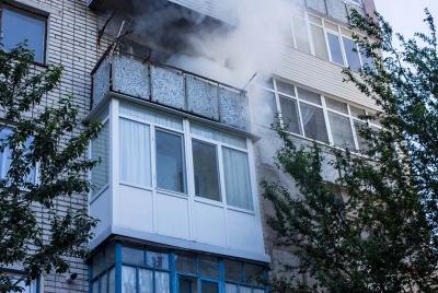 Замкнули електромережі: рятувальники розповіли подробиці пожежі у багатоповерхівці у Чернівцях