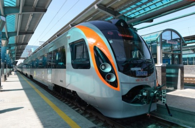 В «Укрзалізниці» обговорюють можливість запуску швидкісного потягу з Києва до Чернівців