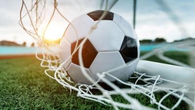 У футбольній прем'єр-лізі завершилися матчі плей-офф