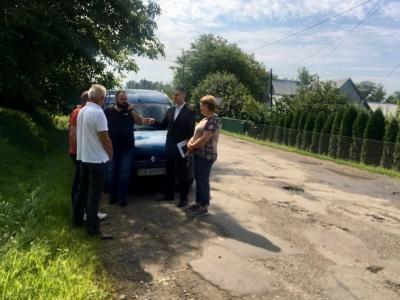 За кредитні гроші: стало відомо, які дороги Буковини хочуть відремонтувати з державної позики