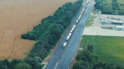 В Укравтодорі показали, як відремонтували дорогу на Буковині до Румунії — відео