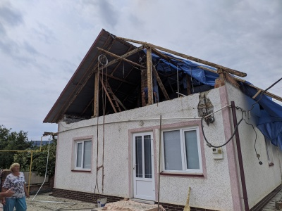 «Ніби настав кінець світу»: як на Буковині люди долають наслідки буревію - фото