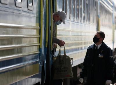З понеділка у Луцьку і Тернополі не зупинятимуться поїзди
