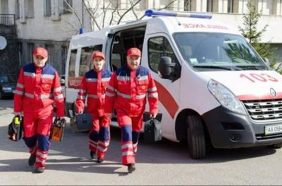 До 20 тисяч гривень: у МОЗ порахували, скільки мають заробляти у «швидкій»