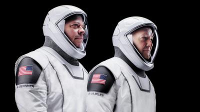 Космічний корабель Crew Dragon із астронавтами повернувся на Землю