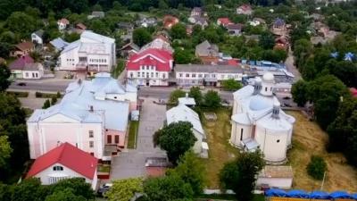Без маршруток і кафе: як посилили карантин у Кіцманському районі, який потрапив у «червону» зону