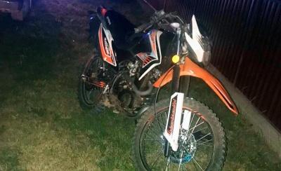 Смертельна ДТП на Буковині: 15-річний юнак на мотоциклі збив односельчанина