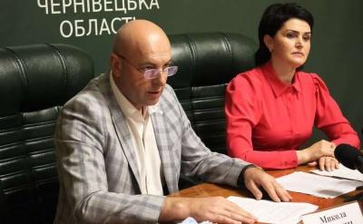 «Ніяких хабарів не брав»: чиновник Чернівецької ОДА, якого затримала поліція, зробив заяву