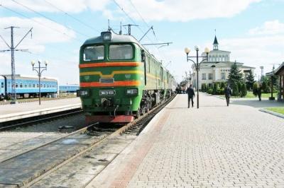 Укрзалізниця призупинила продаж квитків на потяг «Чернівці–Одеса»