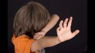 У Сумах підлітки знущалися та ґвалтували семирічного хлопчика. Оприлюднили моторошні факти