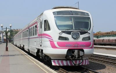 Потяг «Коломия–Чернівці» скасували, замінивши його поїздом до Вадул-Сірету