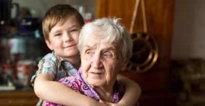Анекдот дня: про хлопчика і бабусю