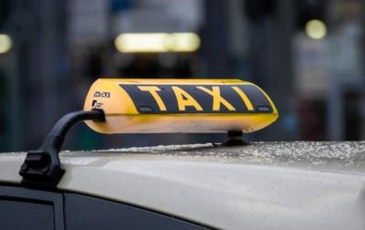 Патент замість ліцензії та страхування пасажирів. Кабмін хоче вивести ринок таксі з тіні