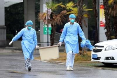 У Китаї виявили небезпечний тип вірусу, який передається через укус кліща