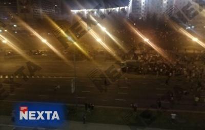 У Мінську автозак в'їхав у натовп протестувальників. Є постраждалі