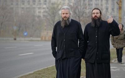 Анекдот дня: про священників і далекобійника