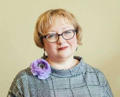 З'явилась перша кандидатка на посаду головного освітянина Буковини