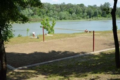 Фахівці оновили список пляжів Буковини, де небезпечно купатись