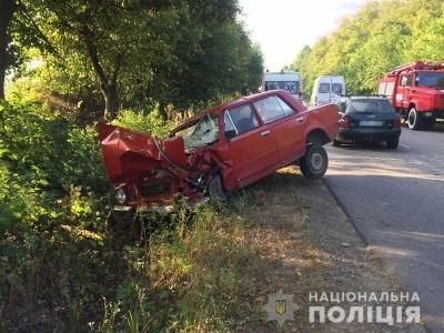 Потрійна ДТП на Буковині: двоє водіїв у лікарні
