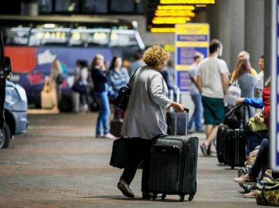 У разі другої хвилі COVID-19 трудові мігранти можуть не отримати робочі візи - експерт