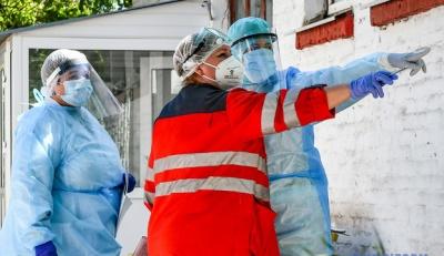 В лікарнях Буковини вже зайнято більше половини ліжок для хворих на COVID-19
