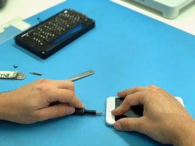 Де можна поремонтувати телефон, ноутбук і планшет у місті Чернівці?*