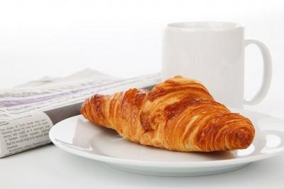 Що не варто їсти на сніданок: 7 варіантів шкідливих страв