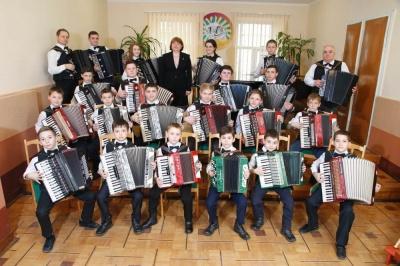 У музичних школах Чернівців зросла вартість навчання