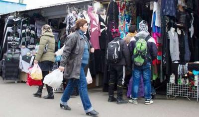 «Червона» зона: у Чернівцях Калинівський ринок працює у штатному режимі