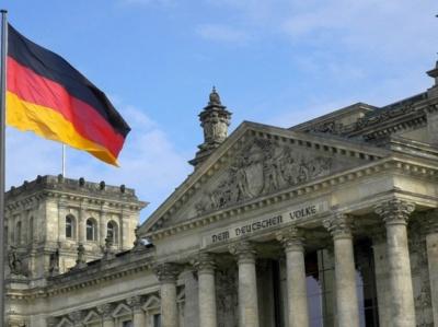 У Німеччині встановили штрафи за відмову носити маску в громадських місцях