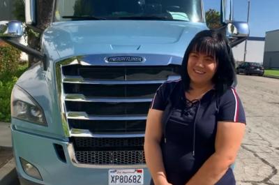 Проїжджає 1100 км за день: юристка з Чернівців стала далекобійницею в США - відео