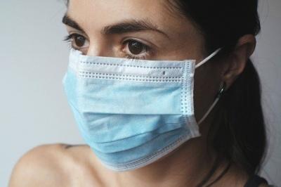 Що робити, якщо через носіння маски погіршується стан шкіри обличчя
