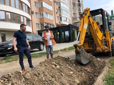 Бешлей за бюджетні гроші Чернівців найняв SMM для департаменту ЖКГ